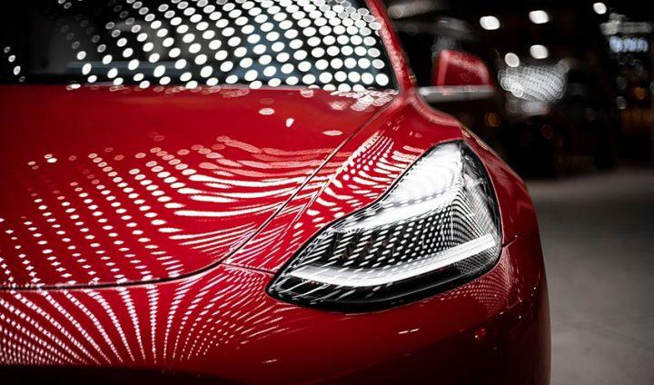 为什么特斯拉市值可以超越一众传统汽车厂商?